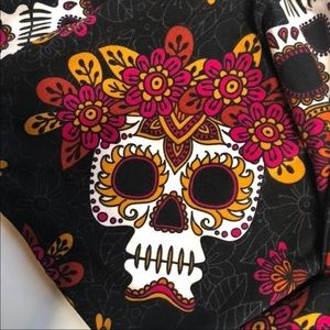 Terra & Sky 3X 24W-26W skull leggings New